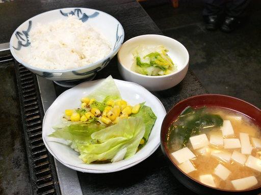 御飯と味噌汁